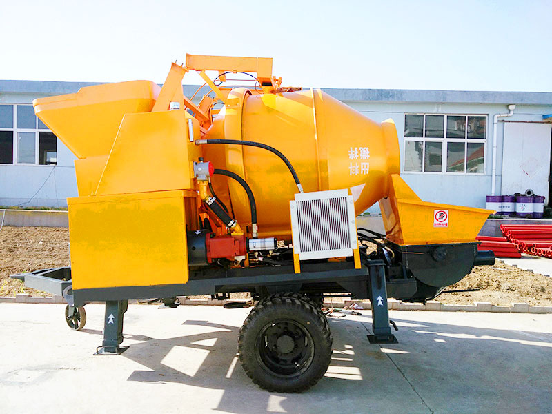 concrete pump with electric engine